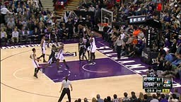 OMG!!!! Rudy Gay's Ridiculous Poster Dunk on Serge Ibaka
