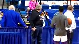Young Kid Dancing to Pharrell Williams Happy at Ncaa Tournament 2015