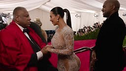 Did Kim Kardashian West Swagger Jack Beyonce AGAIN at the Met Gala 2015   China: Through the Looking Glass
