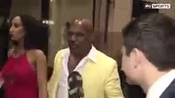 WATCH Mike Tyson Talks About Mayweather's Greatness