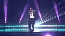 Qaasim Middleton with Pitbull and Chris Brown, FUN - AMERICAN IDOL XIV