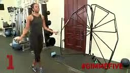 First Lady Michelle Obama Shows Us Her Workout Routine