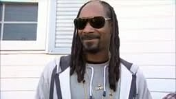 White girl mad at Snoop for calling her Thick