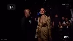RUDE GYAL! Rihanna Throws Money in Stephen Hill's FACE at Bet Awards