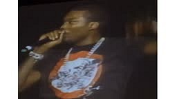 WATCH: Meek Mill Shout out Drake 'LET HIM BE GREAT' #PinkprintTour #MeekBeLike
