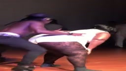 LMAO.. Watch Ace hood Twerk with a BIG Girl