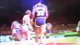 Lakers HOF Kareem Abdul Jabbar PUNCHES Kent Benson