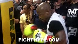 (WHOA!!!) FLOYD MAYWEATHER SHREDS ADRIEN BRONER CALLS HIM A SNAKE AND SAYS AB =ALWAYS BROKE