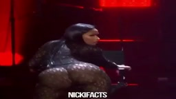 Nicki Minaj Twerks Like Never Before At Tidal X Concert FULL VIDEO