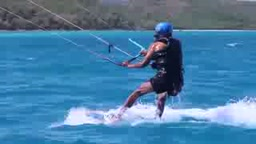 Pres. Barack Obama Kitesurfing In Hawaii is All You Need For The Day