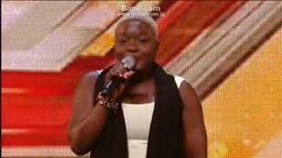 Woman transforms X Factor audition into a live concert!