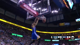 Steph Curry Throws DOWN 2 Handed Dunk vs Westbrook and Okc thunder