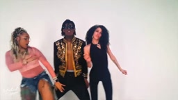 Man Dressed as Michael Jackson Makes a Trap Song