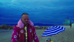 RiFF RAFF 'I'm NOT WAiTiNG ON THE SUMMER Music Video