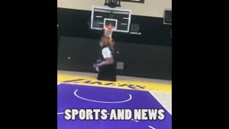 Lonzo Ball 360 WINDMILL In Lakers Facility, LiAngelo Ball Grinding Getting Shots Up Late Night