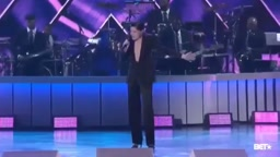 Jessie J tribute to Toni Braxton at the 2017 Soul Train Music Awards