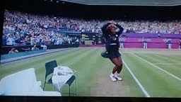 Serena Williams Crip Walks After her win