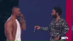 Donald Glover Childish Gambino performs This is America with Jamie Foxx BET AWARDS