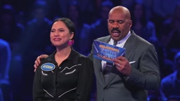 Ayesha & Steph Curry SLAM DUNK Fast Money!   Celebrity Family Feud