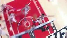 Jeremy Lin blocks Derrick Rose Shot