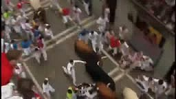 Graphic video: Bull gores man in Pamplona
