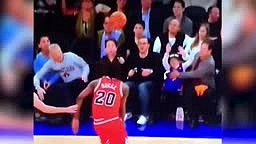 Dad Saves His Daughter At Bulls Game VS Knicks