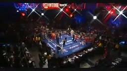 Adrien Broner vs Marcos Maidana. Round - 1