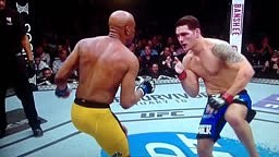 UFC 168 Anderson Silva BREAKS LEG vs Chris Weidman