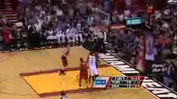 LeBron James Scores 32 vs Raptors, Heat Take Over First in the East