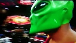 bernard hopkins dresses in alien mask to the ring